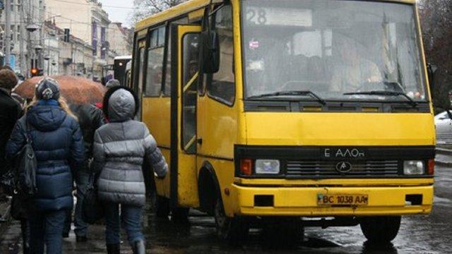 Депутати ЛМР підтримали петицію про покращення транспортного сполучення зі Львова до Рудного