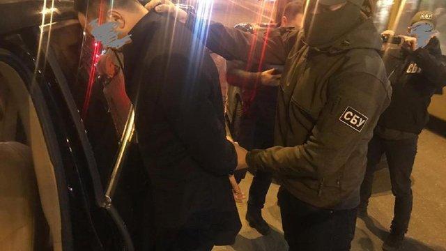 Правоохоронці затримали на хабарі заступника голови Держводагентства