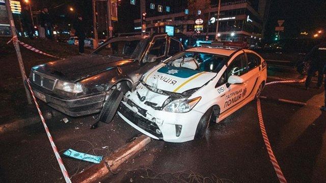 П'яний підліток на викраденому авто протаранив патрульних у Києві