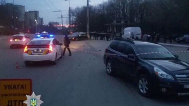 У Тернополі 13-річна дівчинка за кермом авто потрапила в аварію