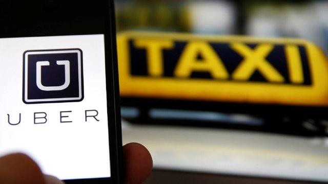 У Варшаві шестеро поляків побили водія Uber, бо той виявився українцем