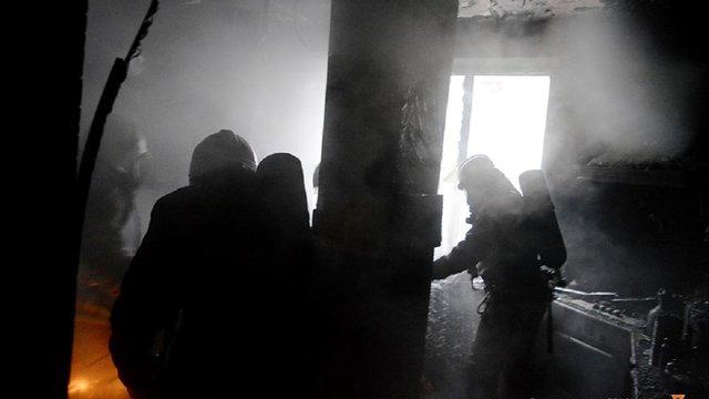 Під час пожежі у квартирі в багатоповерхівці Львова вогнеборці врятували жінку