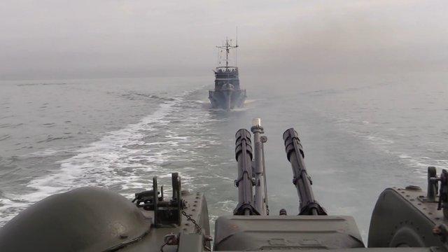 Авіація та флот ЗСУ провели навчання в акваторії Азовського моря