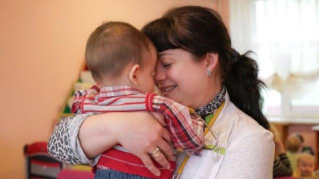 В Україну з Росії повернули хлопчика, якого мати залишила в пологовому будинку
