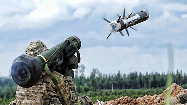 США готові продати Україні більше Javelin та посилити повітряну оборону
