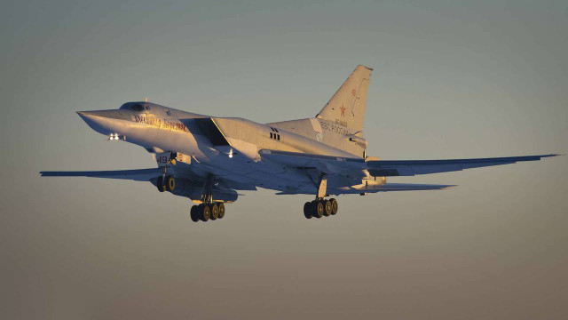 Росія розмістила в окупованому Криму ядерні бомбардувальники Ту-22М3