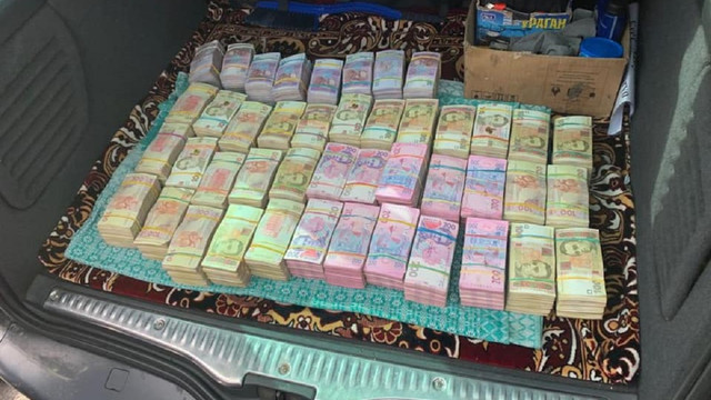 На Рівненщині затримали учасника виборчої піраміди з 2,5 млн грн готівки
