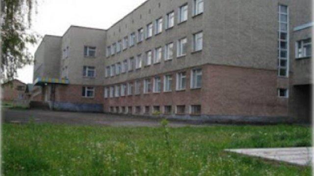 У Мостиськах 78-річний вчитель математики побив 11-річного школяра