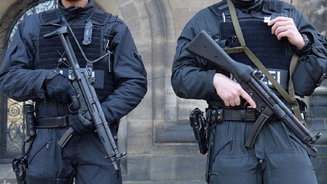 Нацполіція замінить автомати Калашникова на німецькі MP5