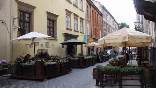 Із 1 квітня у Львові запрацює понад чотири сотні літніх майданчиків