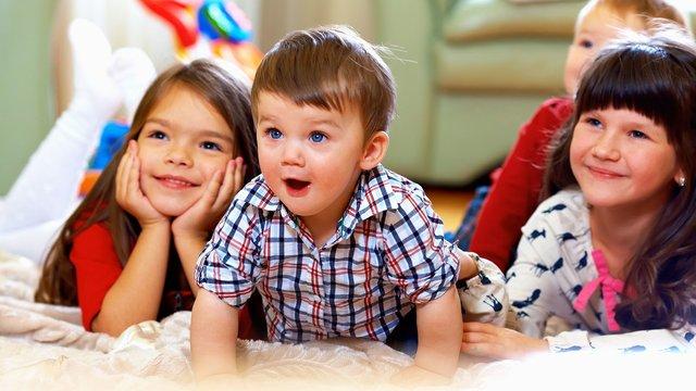 Багатодітні cім'ї почали додатково отримувати по 1700 грн на місяць за третю дитину