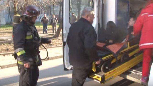 Унаслідок пожежі у квартирі на вул. Науковій отруївся 27-річний львів'янин