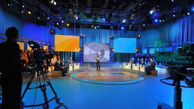 НСТУ запросила на офіційні дебати переможців першого туру виборів і нагадала їхні правила