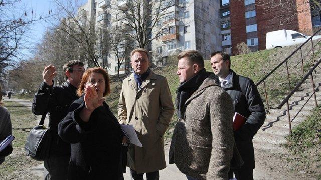 У Львові планують реконструювати вул. Орлика і облаштувати благоустрій біля дитячої лікарні
