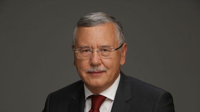 Анатолій Гриценко заявив, що більше не балотуватиметься в президенти