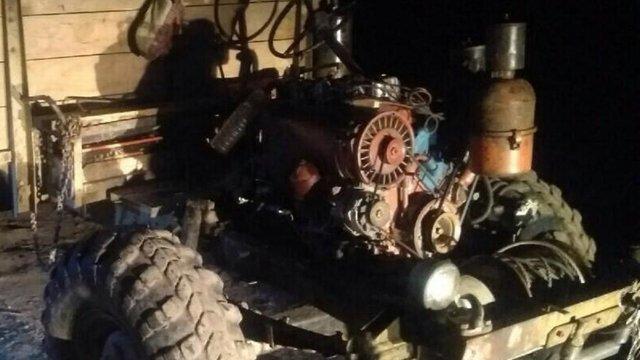 На Старосамбірщині 54-річний чоловік загинув внаслідок падіння з саморобного трактора