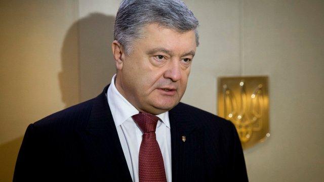 Петро Порошенко повторно здав аналізи на стадіоні