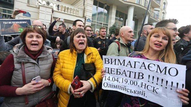 Петро Порошенко не проти прийти на «Олімпійський» 19 квітня