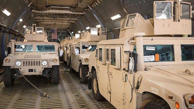 США передали для потреб Збройних сил України 35 бойових машин Hummer