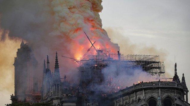 Французькі мільярдери пожертвували 300 млн євро на відновлення Нотр-Дам де Парі