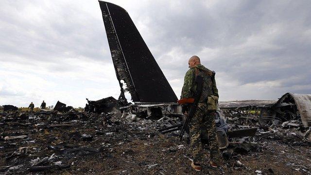 Суд відмовився визнати загибель командира збитого на Луганщині Іл-76 наслідком агресії РФ