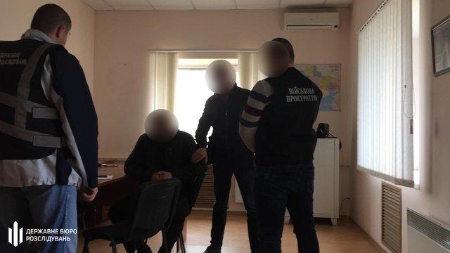 У Запорізькій області поліцейські вимагали гроші в підприємців