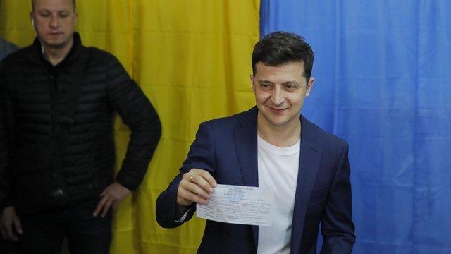 Зеленський проголосував на виборах президента з порушенням закону