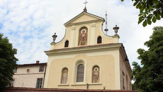 Голова ЛОДА передав у власність громаді УГКЦ колишній костел Св. Казимира
