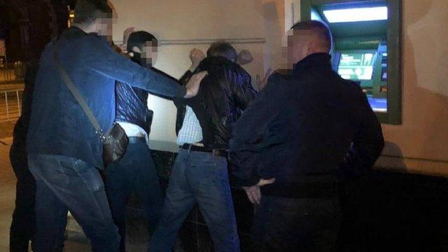 На Львівщині СБУ заблокувала канал нелегальної міграції іноземців до ЄС
