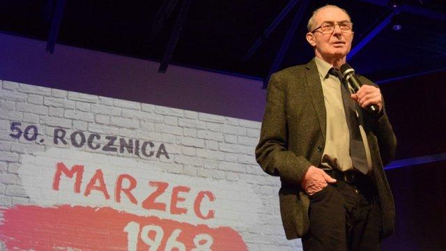У Польщі помер один із засновників профспілки «Солідарність»