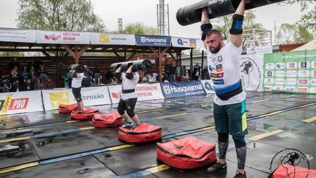 Львівські богатирі вибороли всі золоті нагороди на чемпіонаті України зі стронгмену