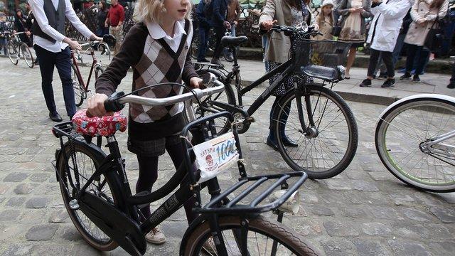 У Львові відбувся ретро-велозаїзд «Батяри на роверах»