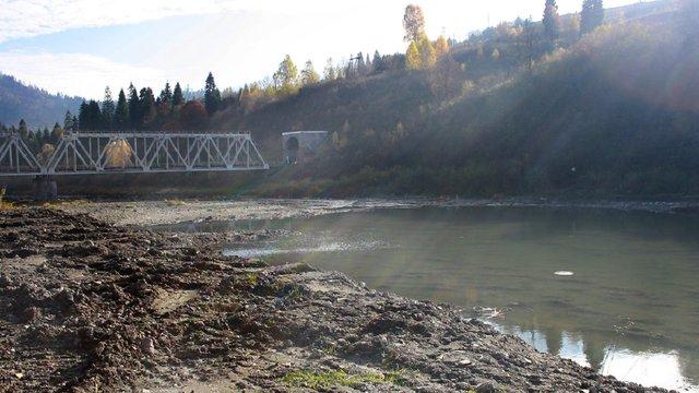 З річки у Стрию витягнули тіло 63-річного чоловіка