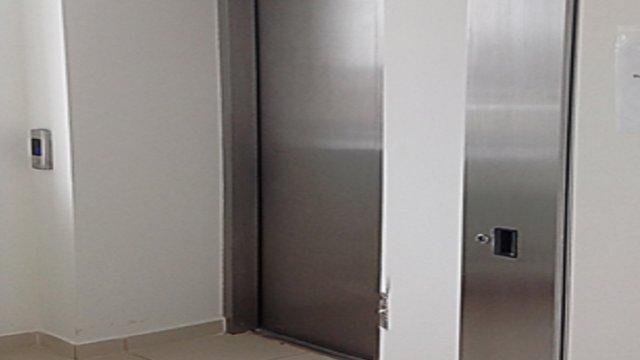 У медзакладах Львова встановили три нові ліфти