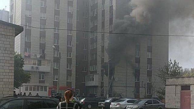 У Львові горіла квартира у багатоповерхівці на вул. Величковського