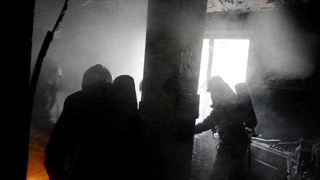 Під час пожежі у житловому будинку на Турківщині пожежники знайшли власника повішеним