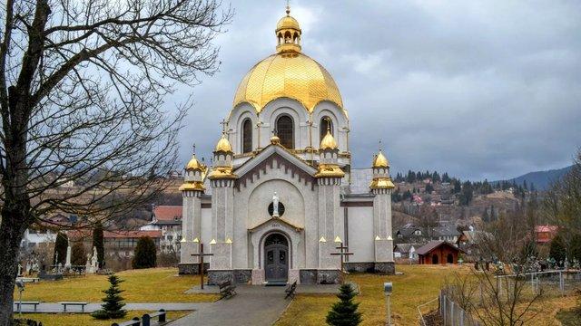 У церкві УГКЦ в Славському знищили усі автентичні розписи початку XX ст.