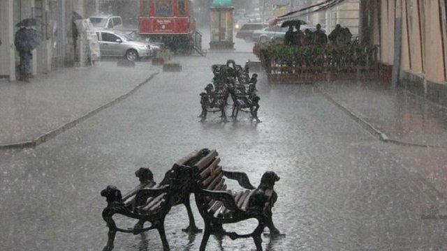 У Львові та області синоптики прогнозують дощі та грози до кінця тижня