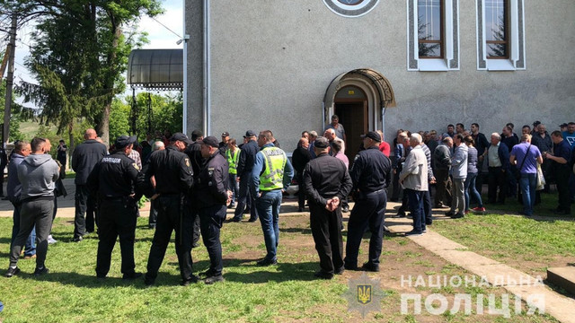У селі на Буковині стався конфлікт між вірними ПЦУ та УПЦ (МП)