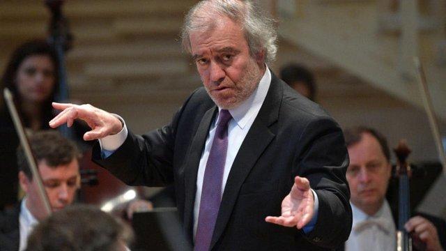 В Нью-Йорку українці пікетували Карнеґі-хол через виступ російського диригента Гергієва
