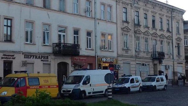 У Львові поліція затримала псевдомінера ще до того, як він встиг покласти слухавку
