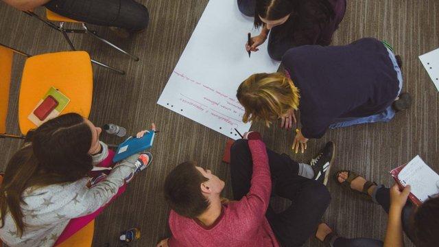 Міжнародна мережа журналістів оголосила набір молоді на тренінги про порозуміння в Україні