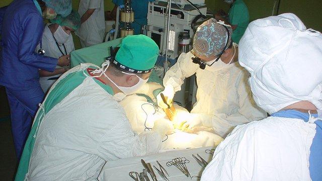Для львівської дитячої лікарні придбали хірургічне обладнання вартістю 1,7 млн грн