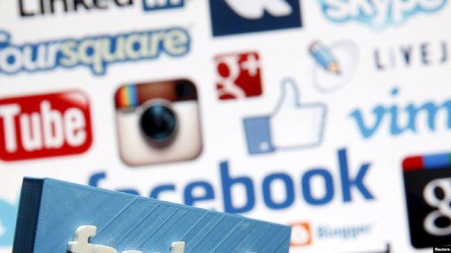 Кожен восьмий підліток в Україні залежний від соціальних мереж