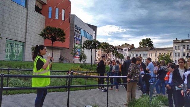 У Львові правоохоронці перевіряють повідомлення про замінування 13 об'єктів