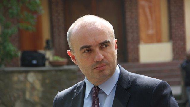 Заступник голови Львівської облради звинуватив депутатів у продажі посад головних лікарів