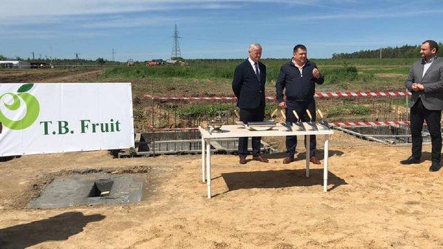 Львівська фірма збудує у Польщі один з найбільших фруктових заводів Європи