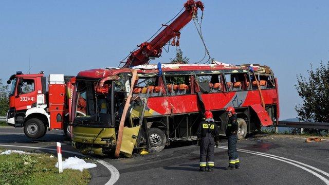 Водій українського автобуса отримав 6,5 років тюрми у Польщі за ДТП з трьома загиблими