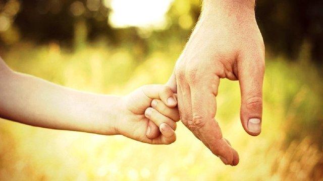 В Україні сьогодні вперше офіційно відзначають День батька