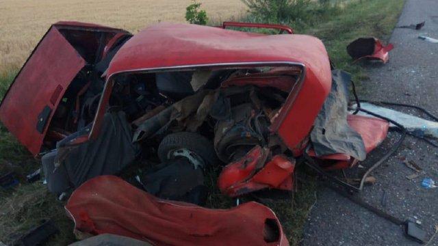 На трасі Київ–Одеса в автомобільній аварії загинули троє людей